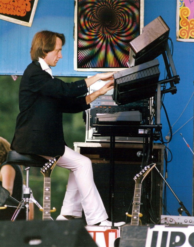 Peter Tork keyboards