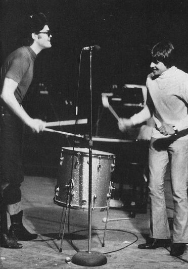 Dolenz Jones Monkees tour 67